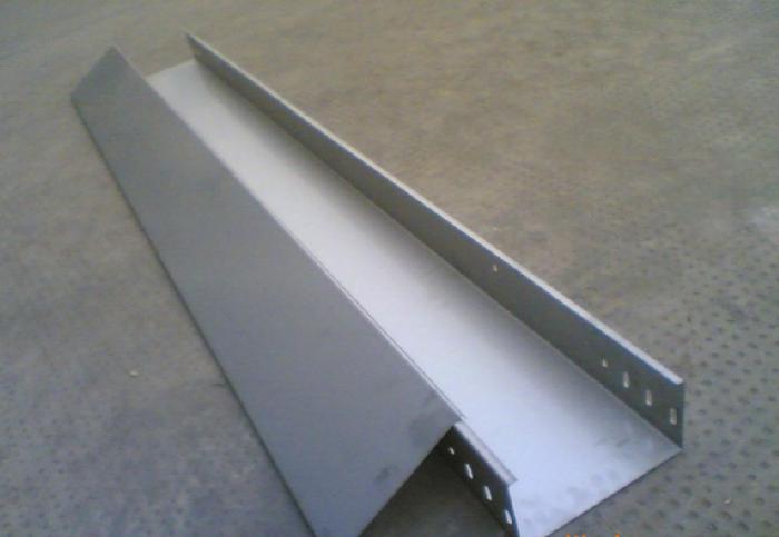 电缆桥架敷设电缆的的优点